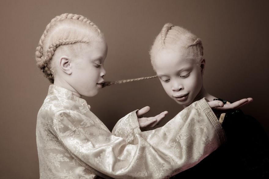 mustget-albino-5
