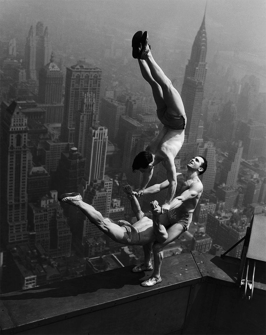 Акробаты на Эмпайр Стейт билдинг, 1934