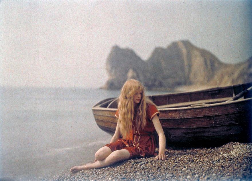 # 1 Кристина в красном, 1913