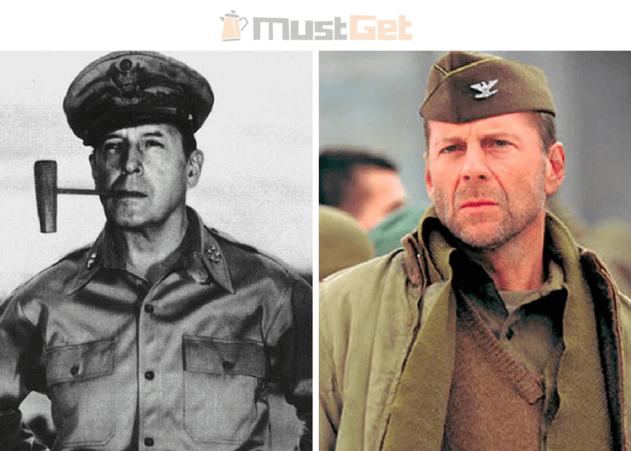 Американский генералДуглас Макартур (1880-1964) и Брюс Уиллис